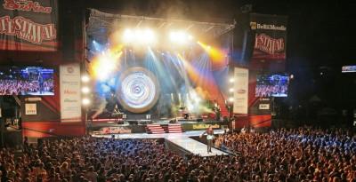 FESTIVAL SHOW 2018   IL FESTIVAL ITINERANTE DELL'ESTATE ITALIANA CON I BIG DELLA MUSICA IL 26 LUGLIO APPRODA A CAORLE