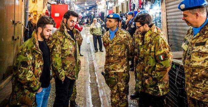 IL VOLO: il 25 dicembre alle 23.00 su Rai 1 in onda lo speciale music movie girato nella base Unifil di Tiro, in Libano
