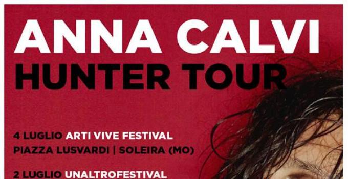 ANNA CALVI in tour in Italia questa estate per 4 appuntamenti live