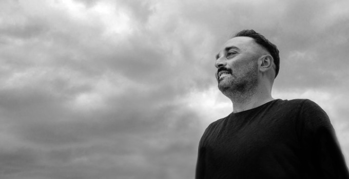 "Luca Guerrieri remixa DHS - ""The House of God"", tra i brani simbolo della house"