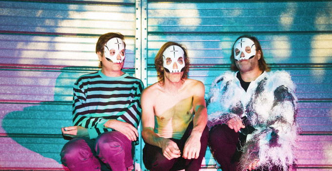 Nightguide intervista Enrico Molteni. I Tre Allegri Ragazzi Morti sono la band mascherata più amata di sempre.