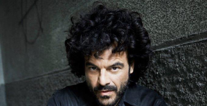 """FRANCESCO RENGA: è online il video di """"PRIMA O POI"""", nuovo singolo attualmente in radio estratto da """"L'Altra Metà"""""""