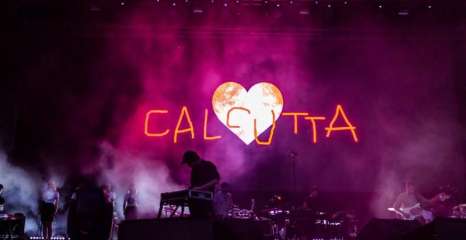 """Calcutta a Rock in Roma riscrive il """"galateo"""" dei concerti"""