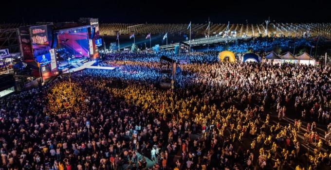 FESTIVAL SHOW: l'8 agosto a Bibione con ARISA, ELETTRA LAMBORGHINI, THE KOLORS, CHIARA GALIAZZO, LO STATO SOCIALE e tanti altri!