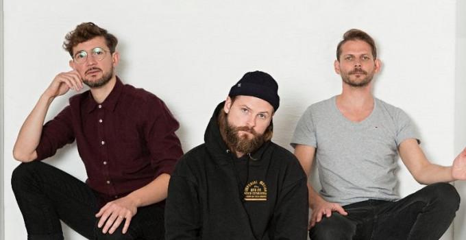 """MIGHTY OAKS (BMG) - """"All Things Go"""" è l'inedito del trio indie-folk. Il 4 novembre all'Alcatraz come open act dei THE LUMINEERS"""
