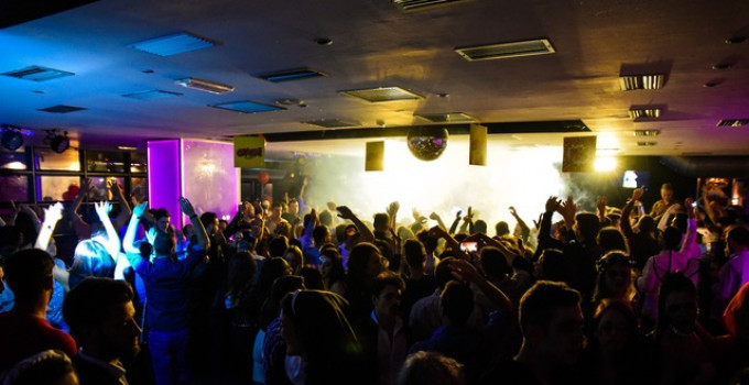 Feel Club, ci si scatena sempre: 8/11 Victory2Mila, 9/11 Radio 80 Special, 15/11 Magika Dj Set