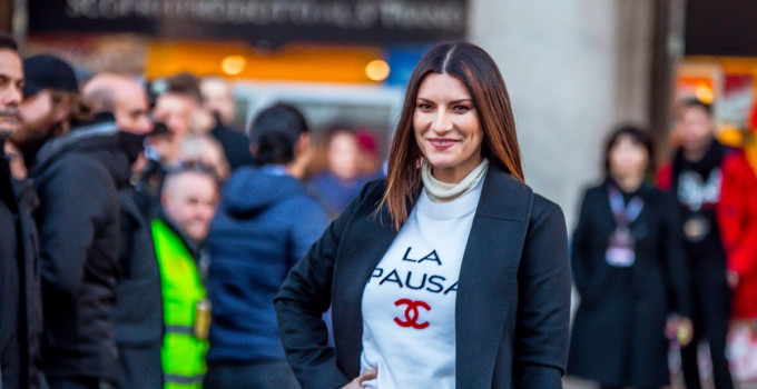 LAURA PAUSINI vince il prestigioso Premio alla carriera nella categoria Golden ai LOS40 MUSIC AWARDS
