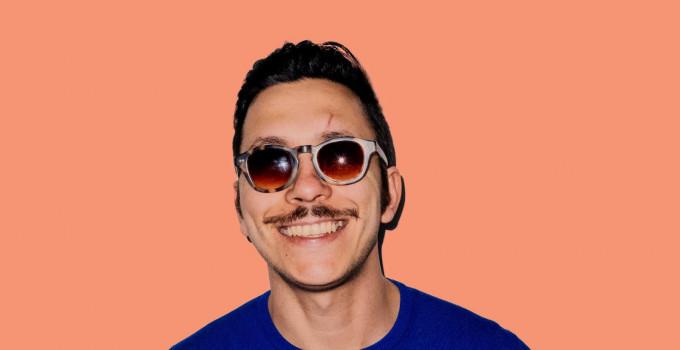 SANTINO CARDAMONE, il cantautore ex concorrente di X-Factor pubblica un nuovo singolo, Pandaporno