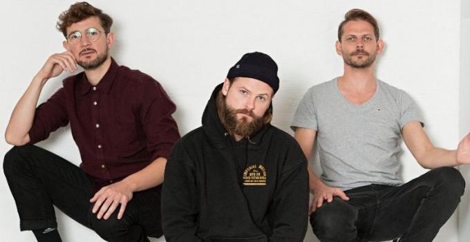 MIGHTY OAKS - Il folk trio internazionale annuncia l'album ALL THINGS GO, in uscita il 7 febbraio.