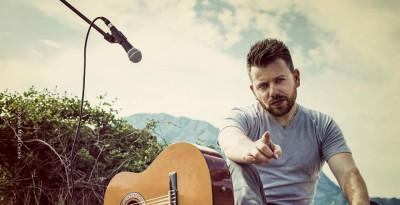 FABIAN WOLF - L'ALCHIMIA il nuovo singolo del cantautore partenopeo di origini irlandese