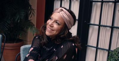"BEBEL GILBERTO  La cantautrice brasiliana  presenta il video per  ""DEIXA"""
