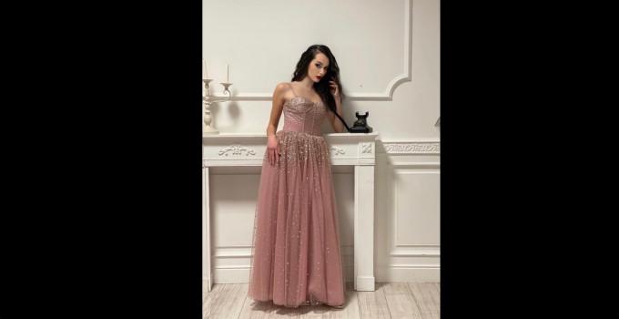 Valentina Corvino Special Guest di Francois Fashion Festival, dal 16 al 18 luglio 2021 in Campania