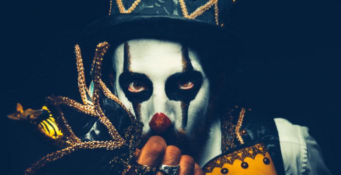 I performer di Circo Nero Italia fanno sognare Viareggio, Elba e Costa Smeralda