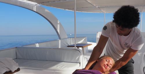 Domina Coral Bay vara la sua Wellness Boat, per rilassarsi in mare, prima e dopo immersioni da sogno a Sharm El Sheikh