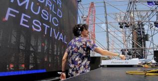 Deitz, il vincitore del MINI Meets Music Contest, sul palco del MINI presents Water World Music Festival